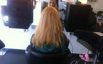 תוספות שיער בלונדיניות